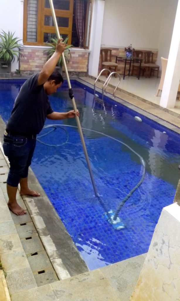 perawatan kolam renang terbaik